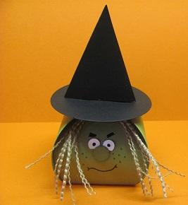Curvy Keepsake Box Witch 003